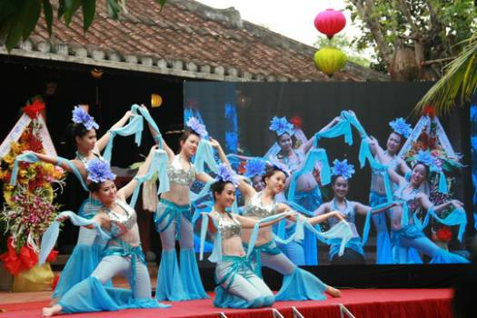 Program Vietnam Silk and Brocatelle Festival