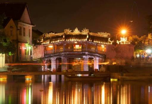 Hoi An at night in my eyes - Let's saunter around