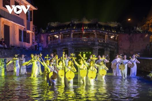 Hoi An launches new art performance to attract tourists