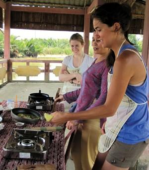 http://www.hoianworldheritage.org.vn/uploads/news/2012_11/1-6.jpg