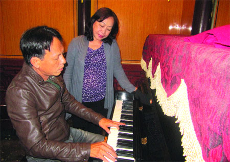 Musicians bring back melodies of old