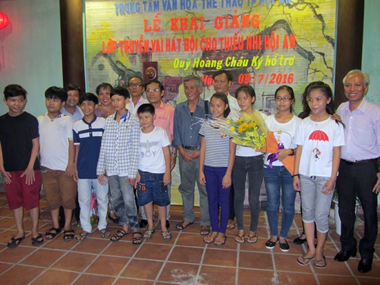 Hoi An launches classical drama course for children