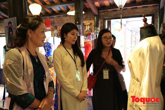 Khai mạc Festival Tơ lụa, Thổ cẩm Việt Nam và thế giới năm 2017 -  3