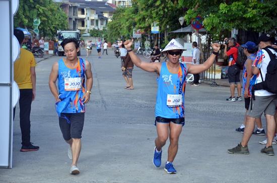 Hơn 1.000 VĐV tham gia cuộc thi marathon quốc tế Hội An 2017 -  3