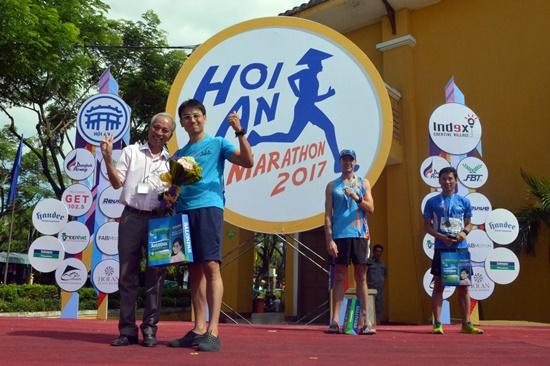 Hơn 1.000 VĐV tham gia cuộc thi marathon quốc tế Hội An 2017 -  6