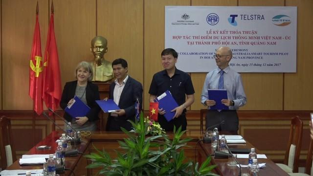 Hợp tác triển khai du lịch thông minh tại Hội An