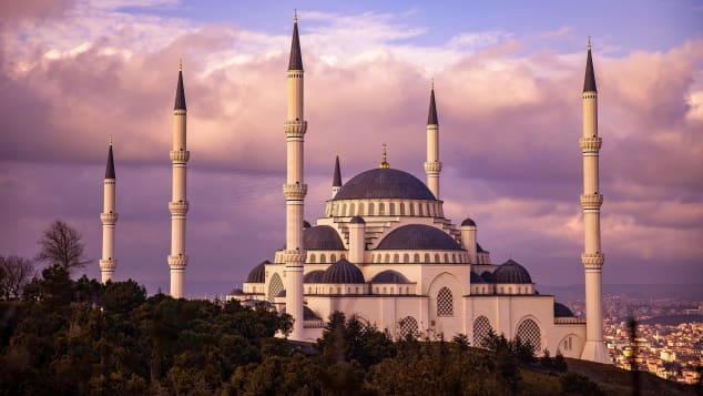 http //cdn cnn com/cnnnext/dam/assets/190207154931 13 romantic places istanbul